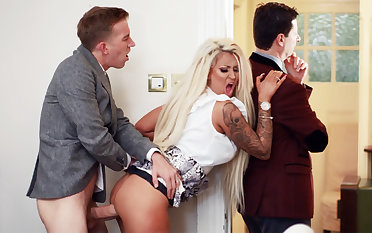 Wife hardcore fucks behind back be incumbent on her husband