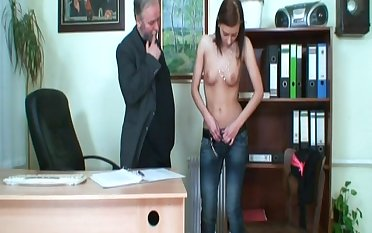 Skinny model Regina G fucked on the table by her older boss