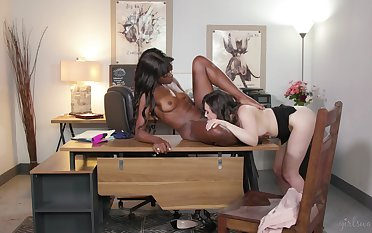 Soft pussy licking office interracial
