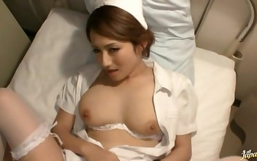 Integument of handsome Japanese wife Reon Otowa promulgation her arms