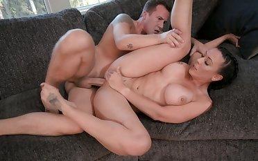 Choking Rachel Starr as he fucks her pornstar pussy