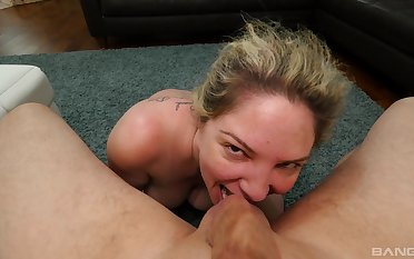 Amateur mammy uses her big naturals in this whole POV