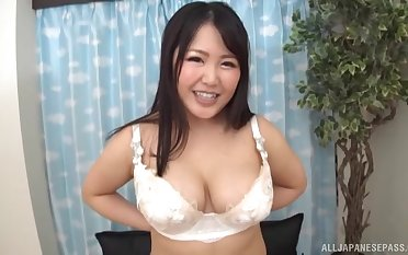 Amateur video of a chubby Japanese girl possessions pleasured with toys