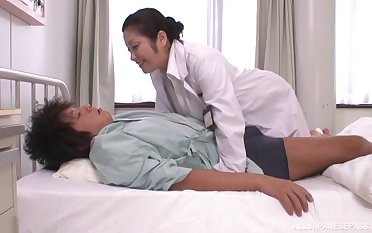 Cum loving Japanese doctor Minako Komukai loves milking patients