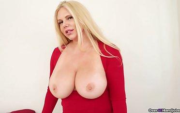 Cougar mom reveals her huge naturals before a nice viva voce round
