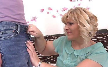 BBW full-grown Silvia Vihova gets fucked by her kinky younger lover