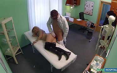 Cheating Light-complexioned Sucks And Fucks Doctor After Striking A Deal