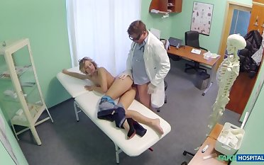Doctor offers blonde a discount on way-out tits upon exchange for to date hard fucking
