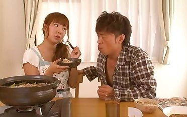 Japanese Housewife Wants To Succeed in Pregnant