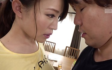 Rinne Toka - A Muscular Workout Wife S Overjoyed Cowgirl Position - TOKA RINNE