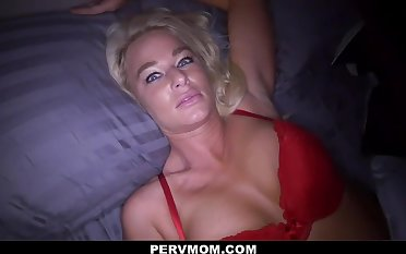 Hot Stepmom London River Invites Stepson In The Have a bowel movement For Some Fun - Pornstar