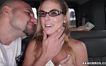 Bespectacled Kendra Lynn has a good era with a paying stud