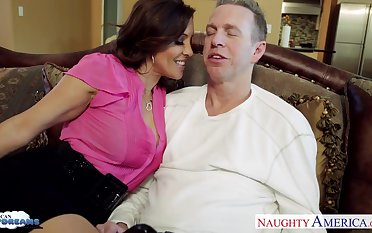 Get-up-and-go for sex wife Francesca Le seduces her husband Mark Wood watching his favorite game