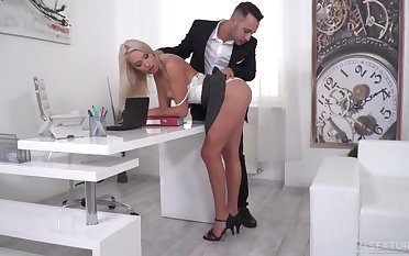 Young increased by handsome boss increased by his assistant fuck pretty leggy blonde in both holes