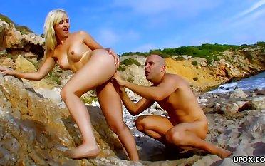 Nudist Beach Fuckfest on along to Rocks w Dodgy Bald Lad