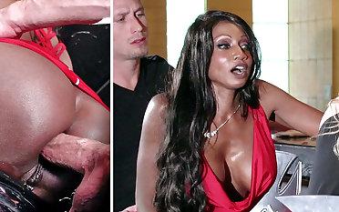 Bartender banged buzzed women ass bonking in 3some