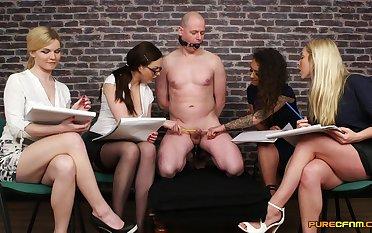 Slave pleases horny women in defamatory femdom kink