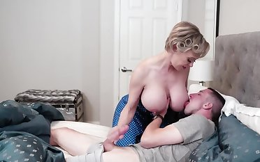 Sultry MILFs in stockings discipline stepsons by foursome sex