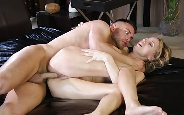 Busty beauty makes sure to dazzle her man with insane XXX