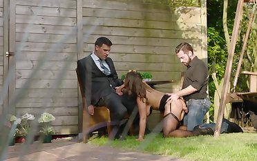 Sexy Susi Maid Assfucked DP