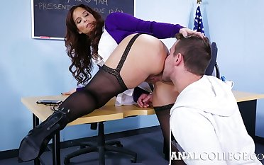 Lewd teacher with heavy boobs Syren De Mer turned round be insatiable anal floosie