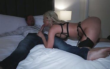 Smoking hot Polish bitch Natalia Starr takes a big cock in deep throat and stretched anus