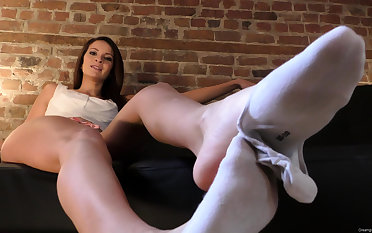 high heels with an increment of hawt stockings foot