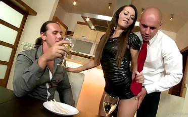 Hot threesome dealings party with amoral floozy